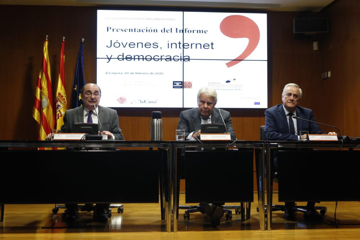 'Jóvenes, internet y democracia' en Zaragoza